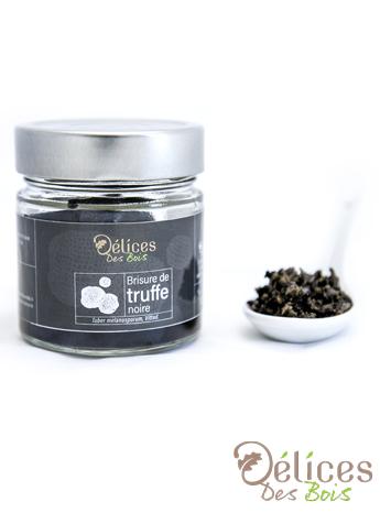 Breaking of Tuber melanosporum truffles